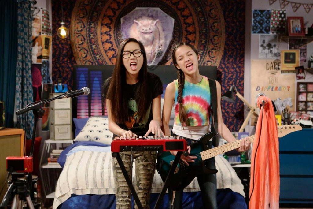 """BIZAARDVARK - """"First"""" - Frankie and Paige begin to second guess their talents as they struggle to come up with ideas for a video they feel is good enough to present during their first VidView party at Vuuugle. The premiere episode of """"Bizaardvark"""" premieres FRIDAY, JUNE 24 (9:45 p.m., EDT) on Disney Channel. (Disney Channel/Nicole Wilder)MADISON HU, OLIVIA RODRIGO"""