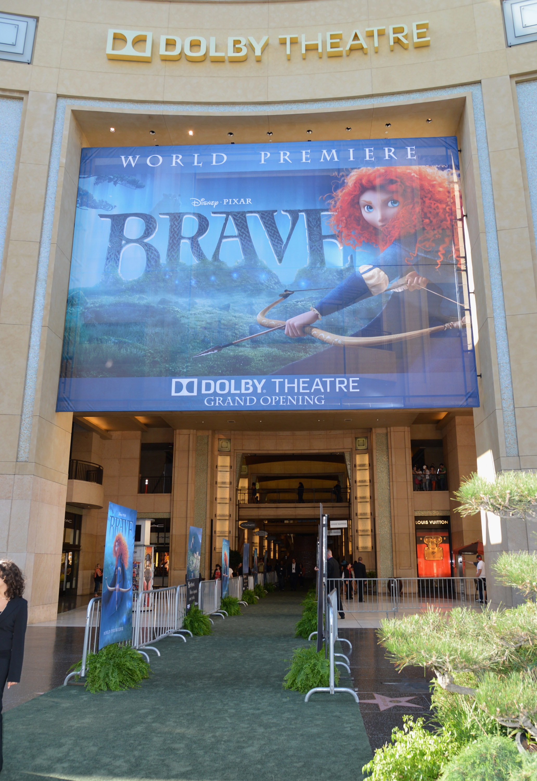 """World Premiere Of Disney Pixar's """"Brave"""" – Red Carpet The Dolby Theater"""