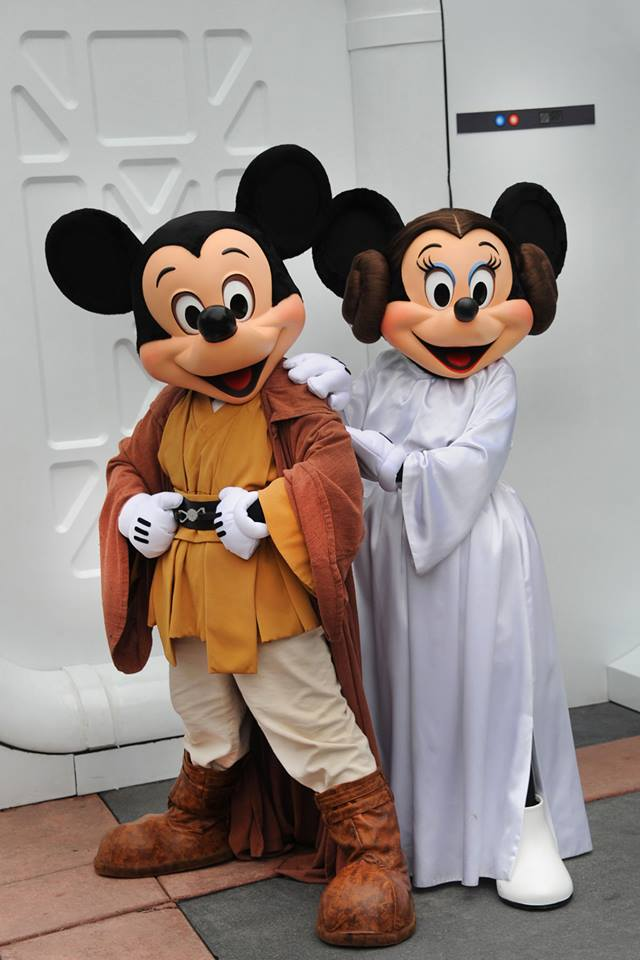 Star Wars Weekends meet and greet with Mickey and Minnie