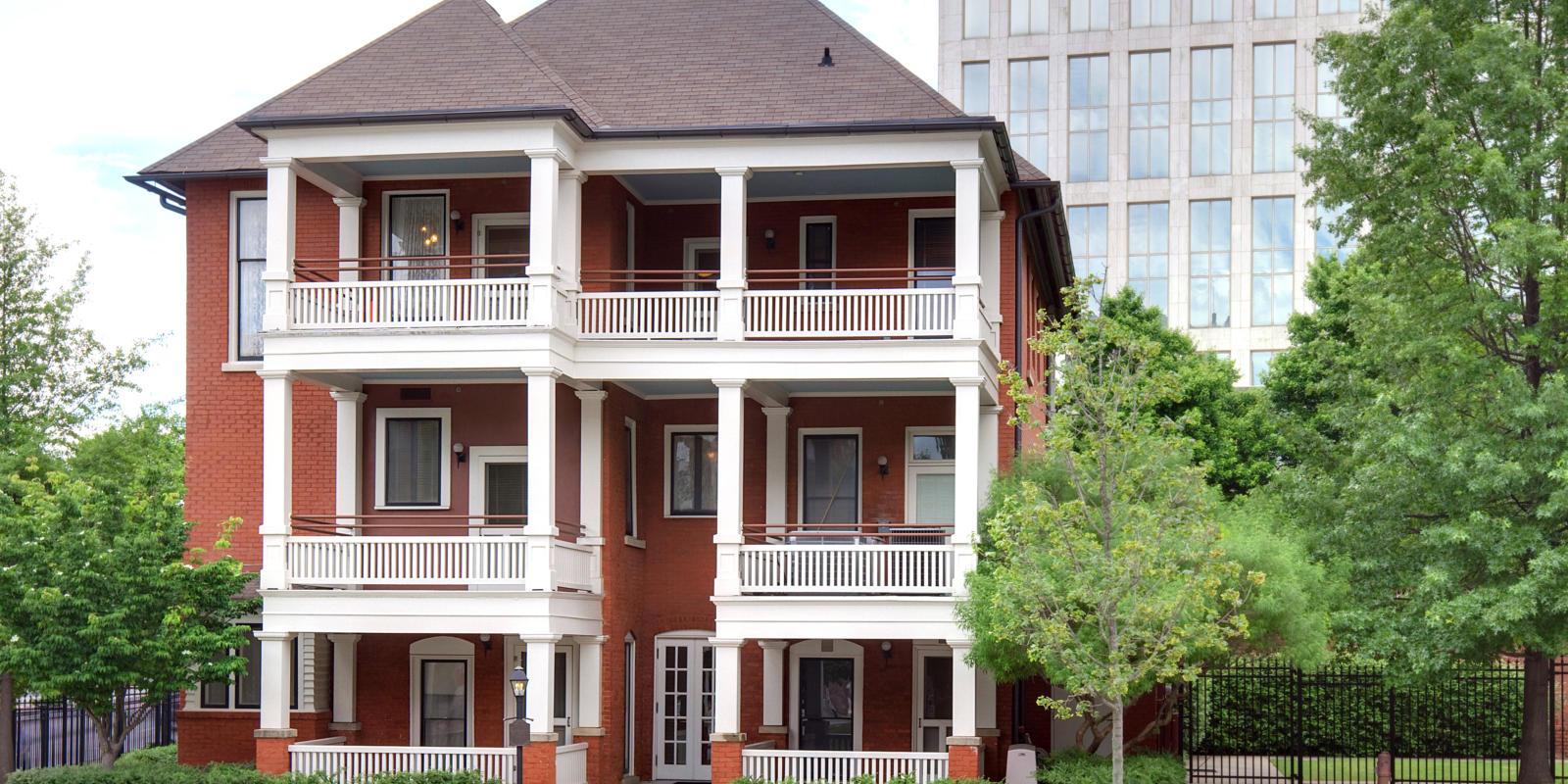 Historic Hot Spots Around Atlanta