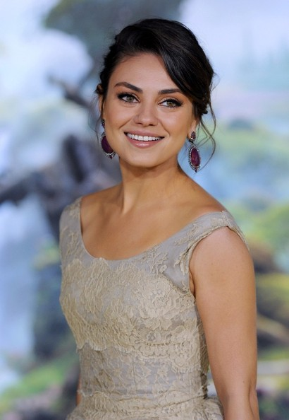 Mila Kunis Talks Theadora, Being a Doll and Being PG #DisneyOzEvent