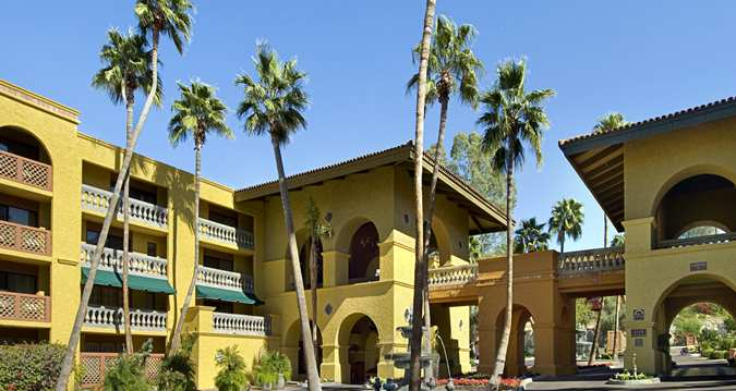 Pointe hilton tapatio cliffs resort visitphoenix for Hotels 85016